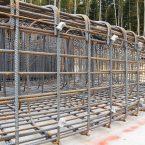 Armierungsarbeiten am Fundament der WEA 2: 70 Tonnen Stahl.