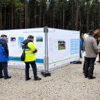 An großen Infotafeln wurde die Projektentwicklung und der Projektverlauf dargestellt.